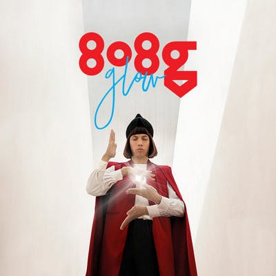 image for Impressive Electronic Debut from Argentinian Multi Instrumentalist. - 808g: glOw