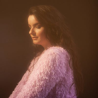 image for Wistful French Folk Pop from Quebec. - Listen to Geneviève Racette: Les adieux