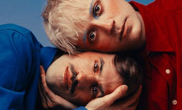 image for Austrian-Icelandic Pop Duo Oehl Drops New Single. - Watch the video for Oehl: Keine Angst