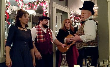 featured image for Alchemy in Ashland, Oregon: Annual Dickens' Feast Since 1982 Features 6 Delicious Courses and Music by the Winchester Singers.