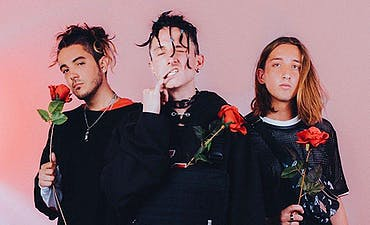 featured image for Chase Atlantic - LIKE A ROCKSTAR